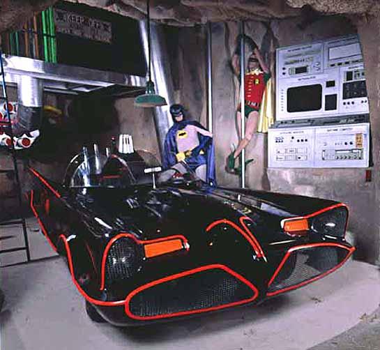 El Batmóvil original de la serie de 1966