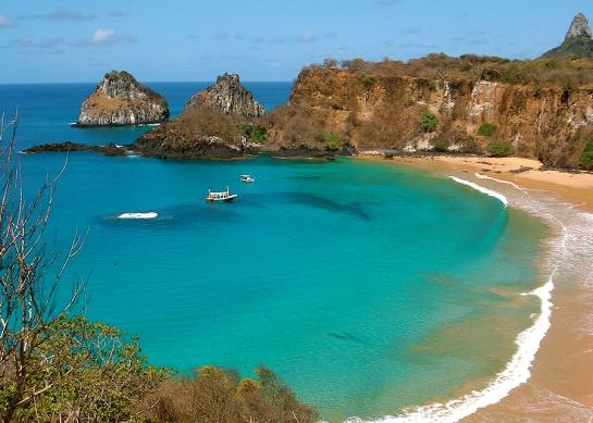 Praia do Sancho-Fernando de Noronha