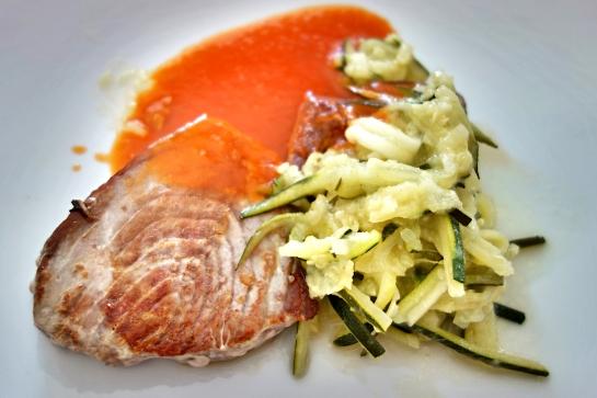 Restaurante Plácido, Lomo de atún a la plancha con salsa vizcaína